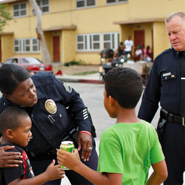 Tulsa Police Community Relations - Offices visiting local residents