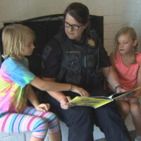 Tulsa police expanding reading program in local neighborhoods